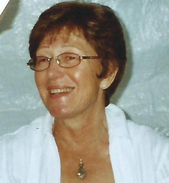 Britt Olofsson, 71, från Ljungbyhed fick en snilleblixt som ingen annan förut hade fått... Succé när hon la ut bilden på Facebook.