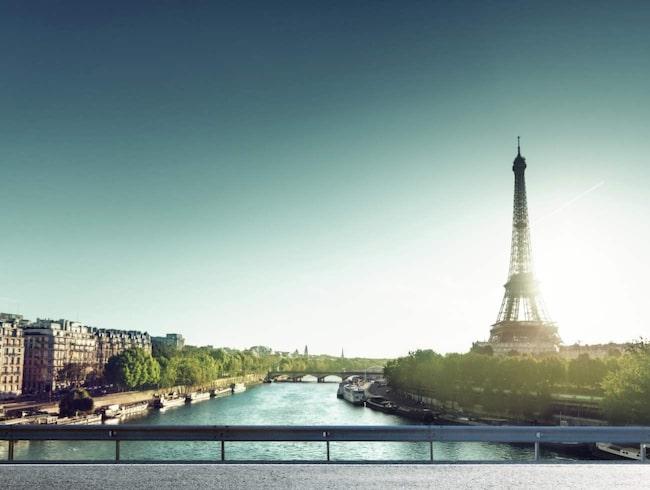 <span>Som turistdestination är Paris en av världens mest sevärda städer. Eiffeltornet är bara ett exempel.</span>