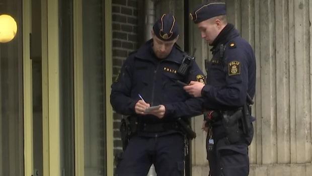 En kvinna hittats död i en lägenhet i Tensta - man är gripen