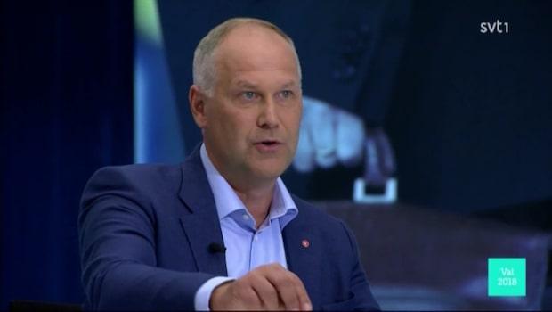 """Jonas Sjöstedt (V): """"Vi har stångat vår panna blodig mot S"""""""