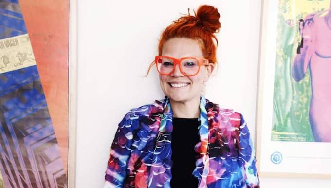"""""""Min design liknar inget annat men är ändå bärbar"""", säger Maxjenny Forslund som har skånska rötter men sedan 1997 bosatt i Köpenhamn där hon nu öppnar sin första butik."""
