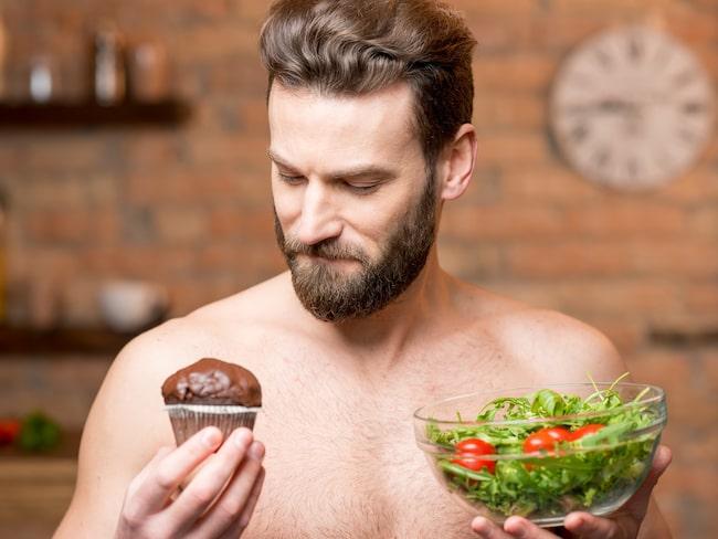 När man kommer över trettio kan man inte proppa i sig vad som helst utan att det syns. Dags att för lite mer hälsosam kost.