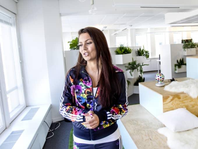 Antonia lämnade sitt jobb för att satsa på sin Youtube-karriär. Foto: Michaela Hasanovic