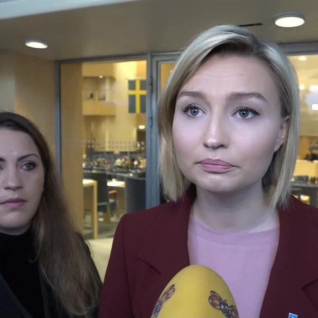 Ebba Busch Thor: C och L spelar ett högt spel med Sveriges framtid