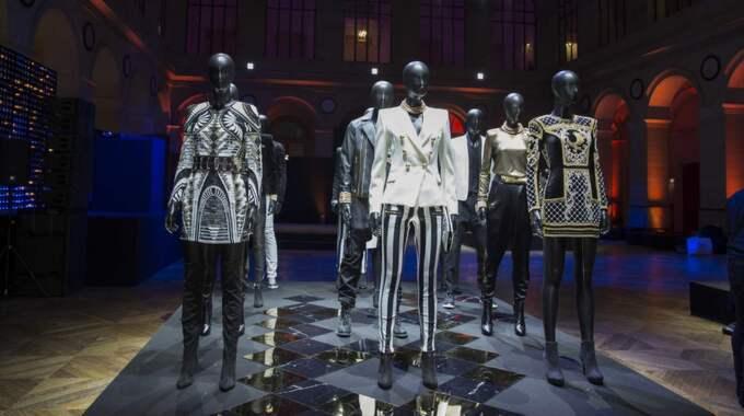 Priserna varierar från en ring för 149 kronor till en klänning för 4499 kronor. Foto: Olivier Borde / Bestimage
