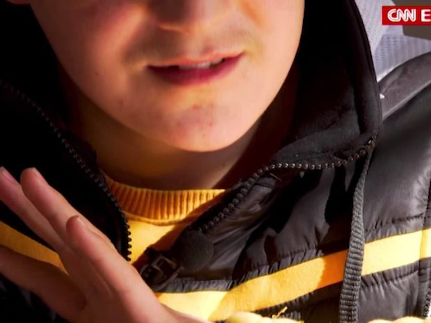Khalil, 13, rymde hemifrån för att strida med IS