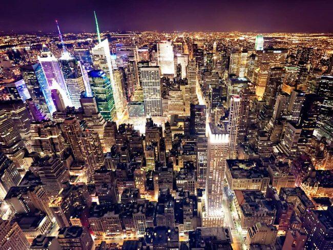 e06e83c58279 New York City är en brusande världsmetropol och en stad som aldrig sover.