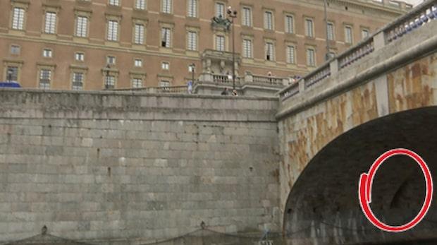 Här är kungens hemlighet  - mitt under bron till slottet
