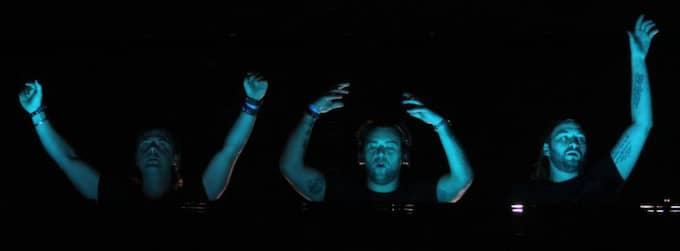 Swedish House Mafia - Axwell, Sebastian Ingrosso och Steve Angello - gör sin sista spelning natten till måndag svensk tid. Foto: Media Punch / Scanpix