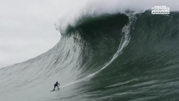 Här slår brasilianskan Maya Gabeira världsrekord i monstervågen