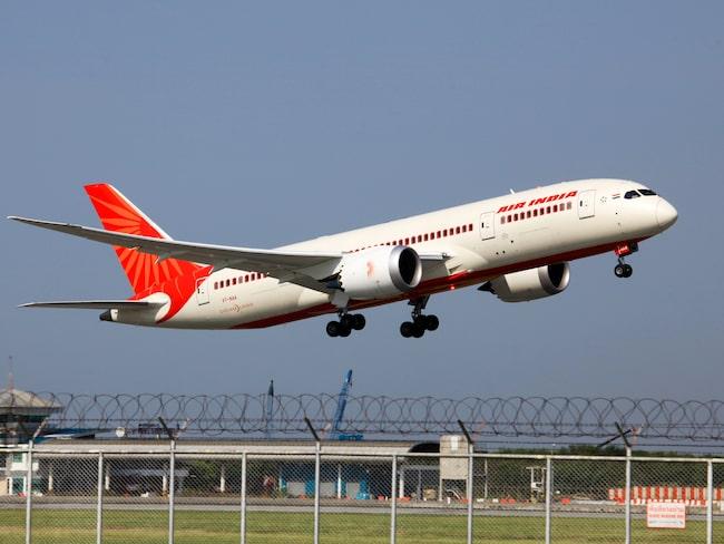 Flygbolaget Air India har nu gått ut med en ursäkt i sociala medier.