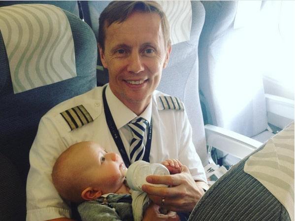 """""""Jag har egna barn ... så det blev naturligt för mig att hjälpa den här kunden med sina barn"""", sade Tom Nyström själv."""