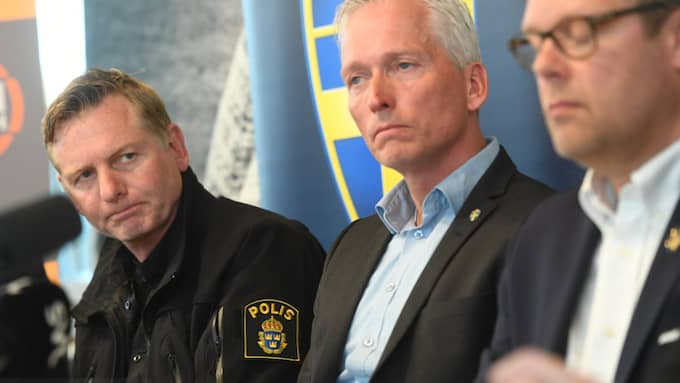 Fredrik Gårdare på presskonferensen. Foto: FREDRIK SANDBERG/TT