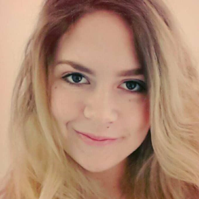 – Varför ska folk bestämma om man ska ha kort eller långt hår baserat på kön? Jag kände mig ovälkommen, säger hon. Foto: Privat
