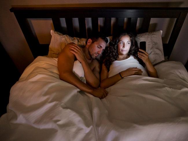 Vi tillbringar ungefär en tredjedel av vårt liv i sängen. Men visste du att denna härliga plats även kryllar av bakterier, smuts och kvalster?