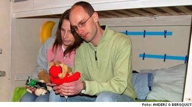 Föräldrarna Rickard och Linda Bergquist släpptes igår efter att ha suttit häktade.