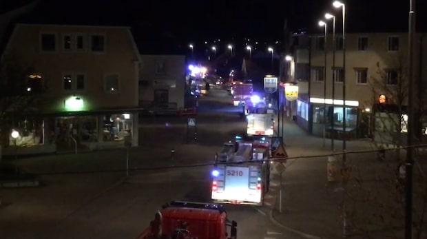 Boende räddades från balkong efter kraftigbrand i Hultsfred