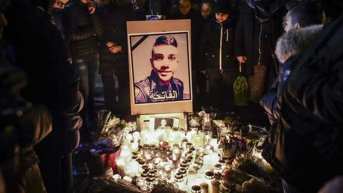 Oskyldiga barn och unga människor har förlorat livet på Malmös gator för att gängvåldet inte har mötts av massiva polisinsatser och för att vapnen flödar fritt i vår stad, skriver Niels Paarup-Petersen. Foto: JENS CHRISTIAN