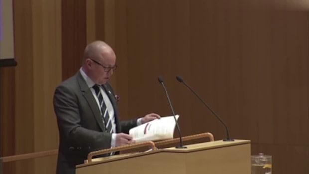 Björn Söders uttalsmiss pikades av liberalen i fullmäktige