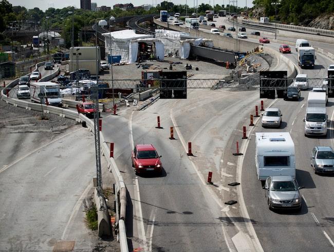 Med listan över Sveriges stora vägarbeten slipper du trafikstockningen.