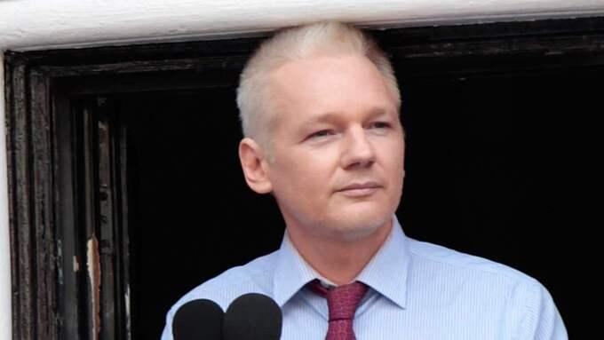 På midsommarafton är det exakt tre år sen Wikileaks grundare Julian Assange tog sin tillflykt till Ecuadors ambassad i London. Foto: Rosie Hallam