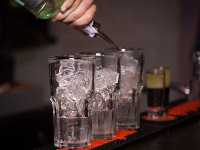Visst kan du fixa drinkar som ett proffs - använd bra råvaror och förbered tillbehören!