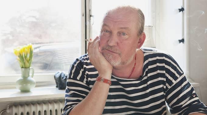 """Plura Jonsson får stark kritik av nykterhetsorganisationen IOGT-NTO för sitt program """"Pluras Kök"""". Artisten säger: """"Man måste få göra ett tv-program efter ursprungsidén att man har middag hemma."""" Foto: Alexander Donka"""