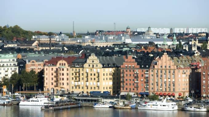 Den som vill köpa en etta i Stockholmsinnerstad får räkna med att lägga minst tre miljoner. Foto: Alix Minde