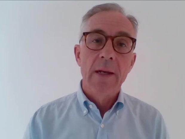 """Smittskyddsprofessorn: """"Upp till en halv miljon svenskar kan vara smittade"""""""