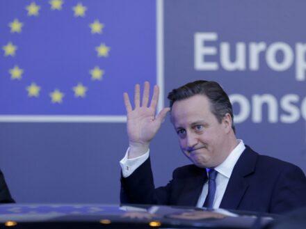 Storbritannien politisk kris om eg avtal