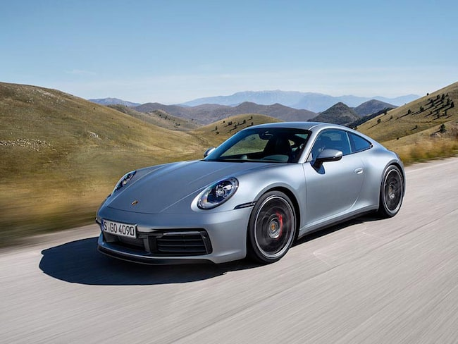 Porsche 911 känns igen till utseendet, men det handlar faktiskt om en helt ny generation av den ikoniska modellen.
