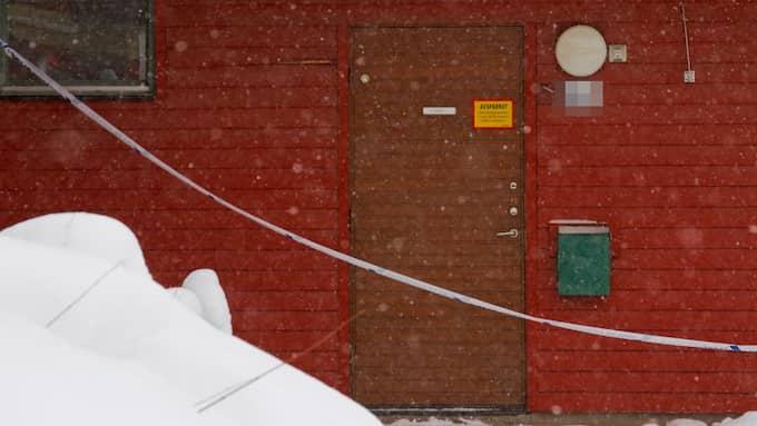 Den avspärrade lägenheten i Sandviken Foto: Läsarbild