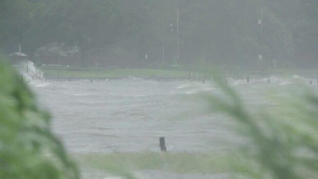 """Orkanen Sally drar in över Alabama och Florida: """"Översvämningar"""""""
