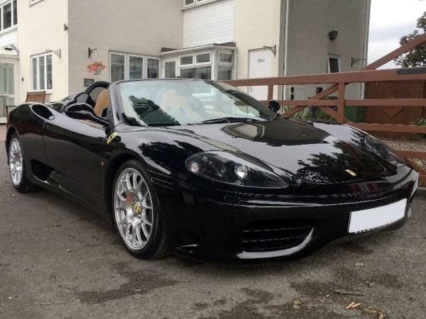 Det här exemplaret av Ferrari 360 Spider tillhörde en gång fotbollsstjärnan David Beckham.