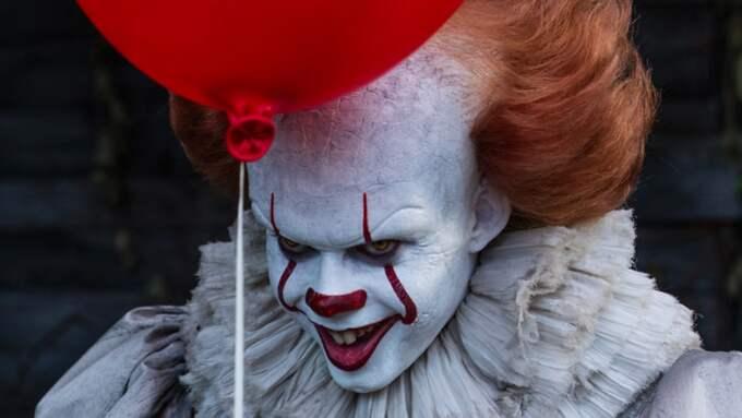 """Bill Skarsgård som clownmonster i nya storfilmen """"Det"""". Foto: PRESSBILD"""
