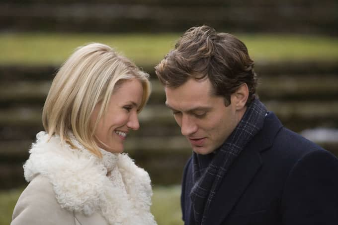 """Cameron Diaz och Jude Law i """"The Holiday"""". Foto: PHOTO CREDIT: ZADE ROSENTHAL. / UIP"""