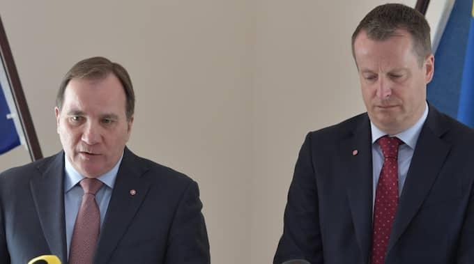 Stefan Löfven och Anders Ygeman höll pressträff om senaste tidens gängmord. Foto: Jessica Gow/Tt / TT NYHETSBYRÅN