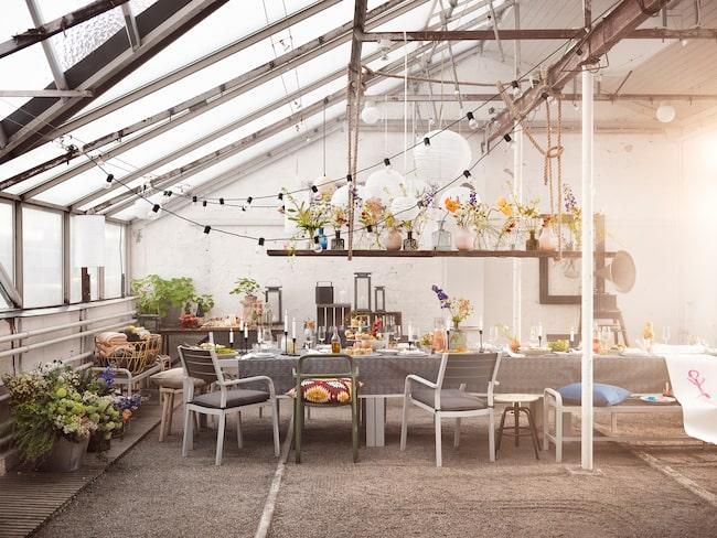 Snart är sommaren här, men redan nu börjar vi tillbringa allt mer tid utomhus. Ikea släpper därför en ny serie möbler vid namn Själland och mycket annat...