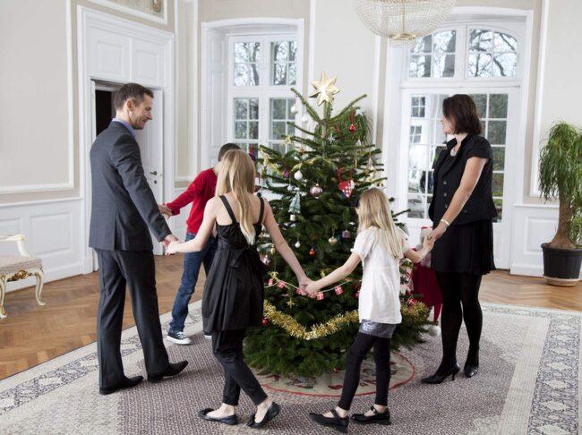 I dag dansas julen ut