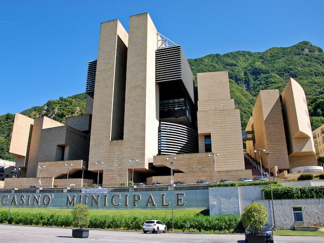Byn hade Europas största kasino, men det gick i konkurs 2018.