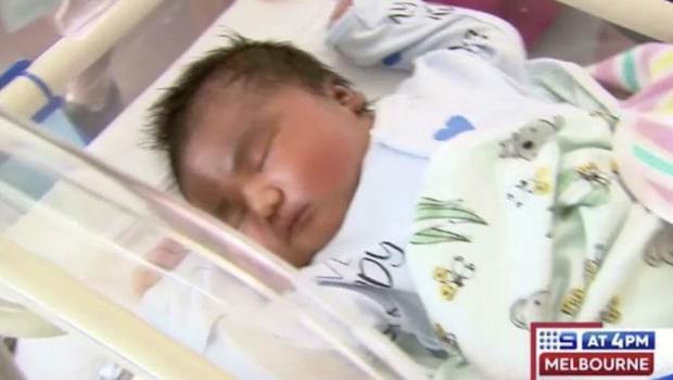 Jättebebisen slår rekord med sin vikt