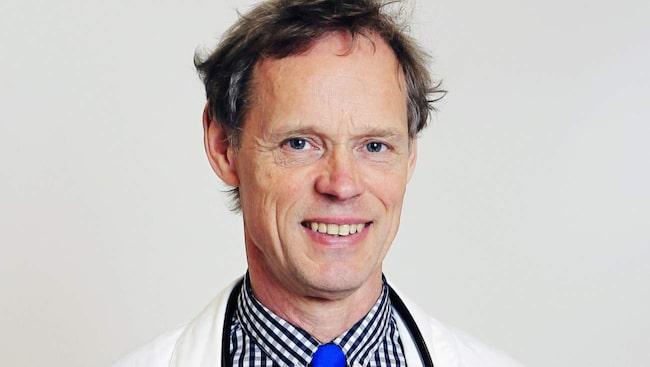 <span>Johan har arbetat som läkare i 32 år. Han är allmänläkare ortoped och svarar på alla slags frågor om smärta, sjukdomar och hälsa.</span>