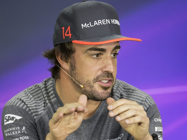 Fernando Alonso har satt press på McLaren-Honda inför de nya kontraktsförhandlingarna