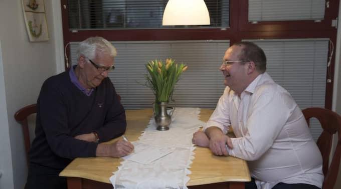 Mats Magnusson och Kvällspostens reporter Rune Smith. Foto: Ulf Ryd
