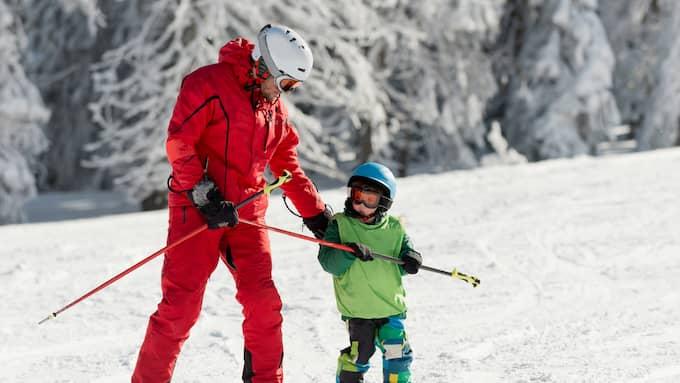 Den typ av jobb som endast kan utföras under en viss period av året som till exempel skidlärare på en skidort kallas för säsongsarbete. Foto: SHUTTERSTOCK