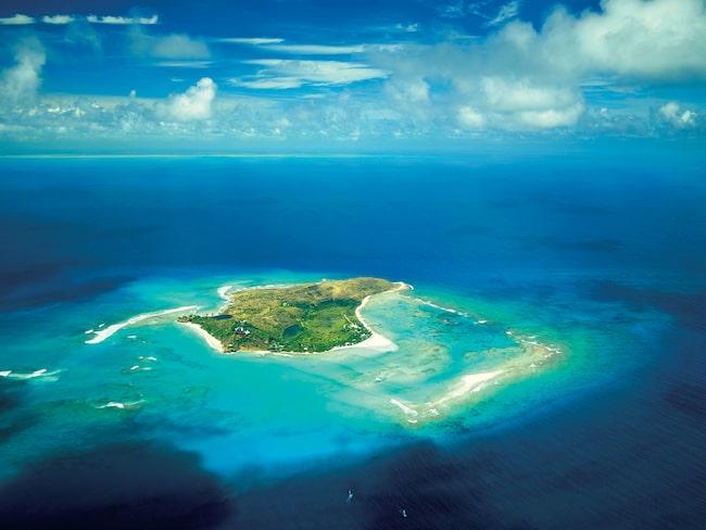 Är du sugen? Då måste du vara beredd att flytta till Necker Island – på obestämd tid.