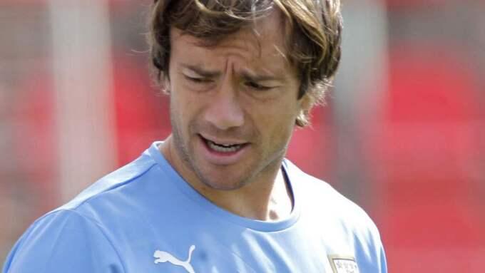 Den uruguayanske VM-backen presenterades i dag på klubbens hemsida. Foto: Bruno Magalhaes