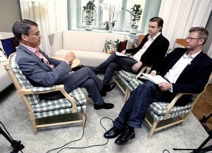 Ett år före valet frågar Expressen ut partiledarna - en efter en. Här intervjuar Karl-Johan Karlsson och Christian Holmén Göran Hägglund. Foto: Robban Andersson