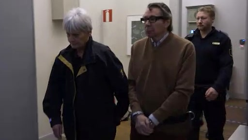 Arnault inför rätta i hovrätten – leddes in i handfängsel