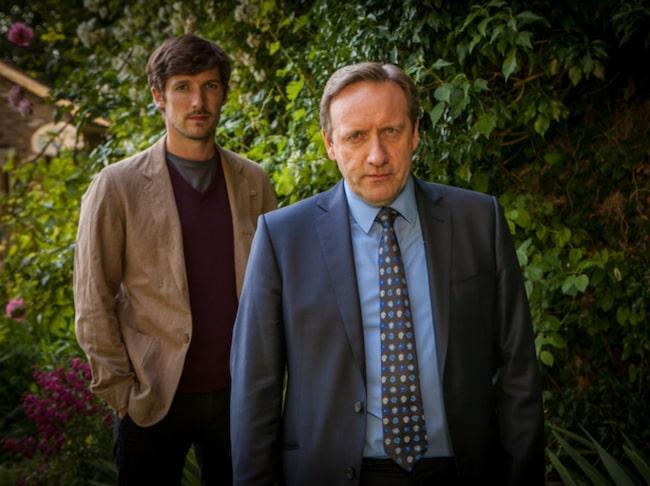 <span>Neil Dudgeon spelar John Barnaby i serien.<br></span>